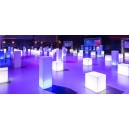Location decoration geneve, location mobilier geneve, location mobilier lumineux evenement, location tables et assise geneve, lo